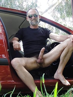Gay Daddy Pics