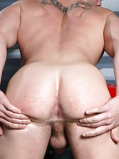 Gay Spread Ass Pics